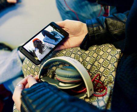 HTC one: lo smartphone come accessorio Glamour