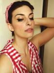 Laura Manfredi, trucco pin-up,truccarsi da pin-up, benefit cosmetics, tutorial make-up pin-up