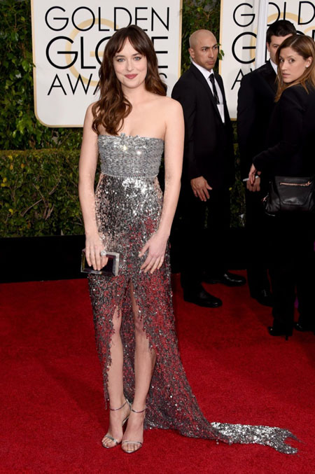 Dakota Johnson in Chanel,